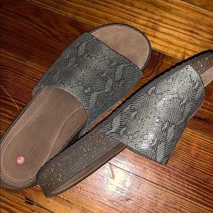 Clarks Snake Skin slides Sandal